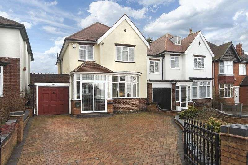 3 Bedrooms Detached House for sale in Finchfield Lane, Finchfield,Wolverhampton