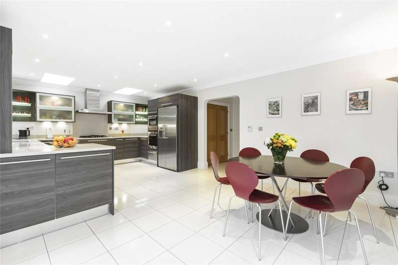 4 Bedrooms Semi Detached House for sale in Grange Court, Old Avenue, Weybridge, Surrey, KT13