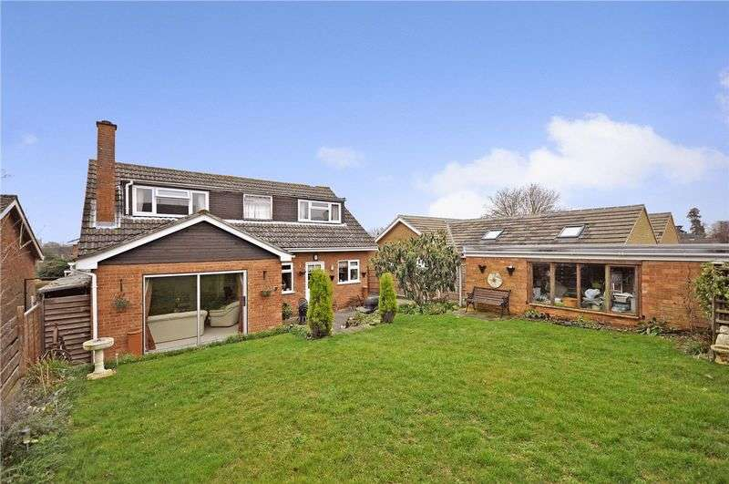 4 Bedrooms Detached House for sale in Crecy Court, Eaton Ford