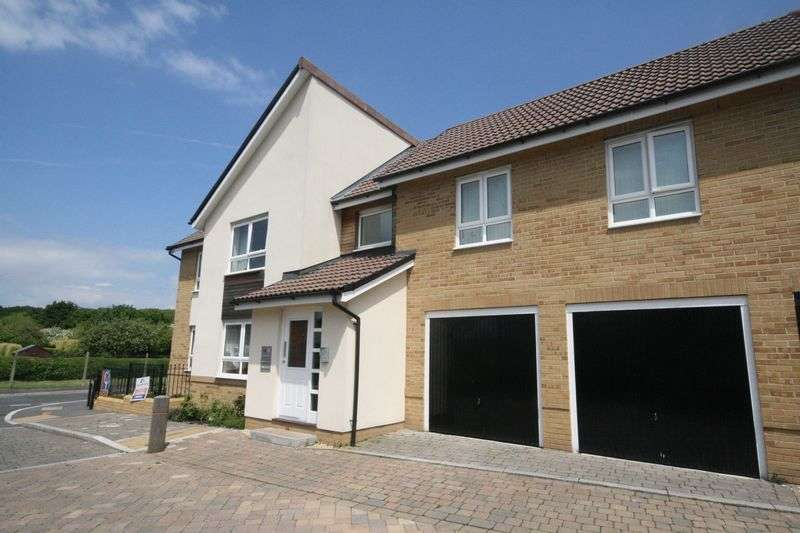 2 Bedrooms Flat for sale in Norton Farm Road, Henbury, Bristol