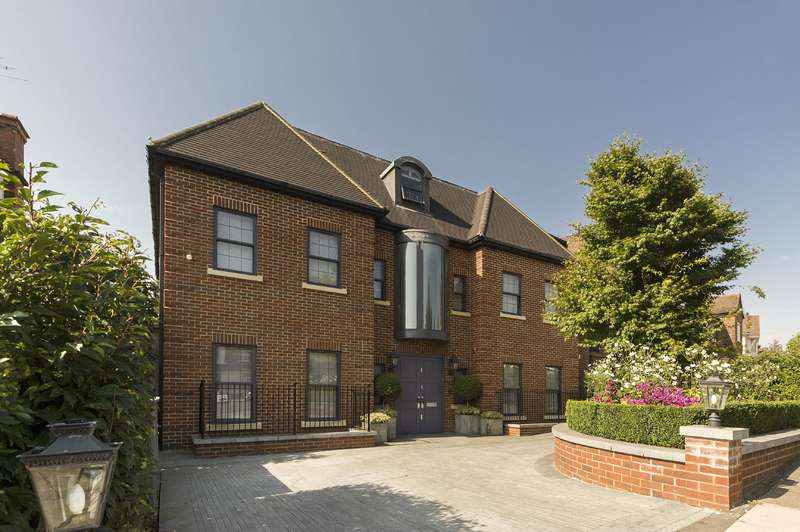 8 Bedrooms Detached House for sale in Oakfields Road, Temple Fortune