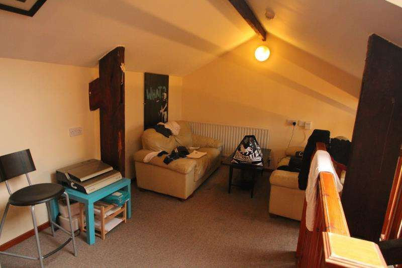 6 Bedrooms Apartment Flat for rent in 1 Russell Gallery, Nottingham, NG7 4FL