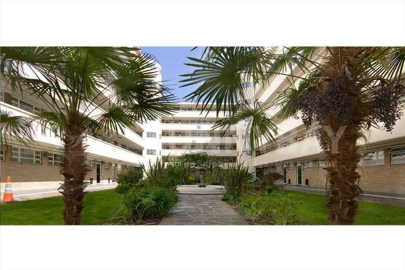 3 Bedrooms Flat for sale in Lichfield Court, London TW9