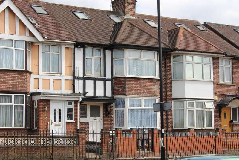5 Bedrooms Terraced House for sale in Horn Lane, North Acton W3