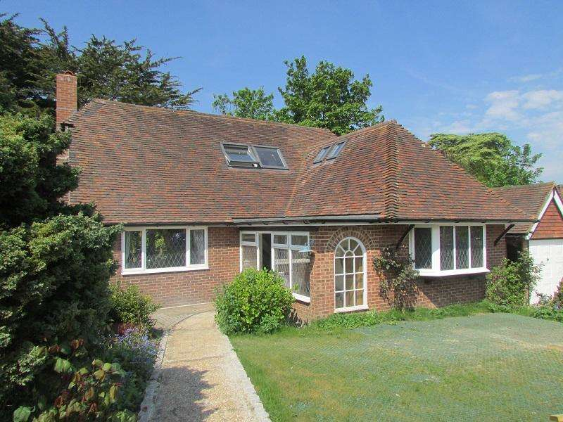 5 Bedrooms Detached House for sale in Wannock BN26
