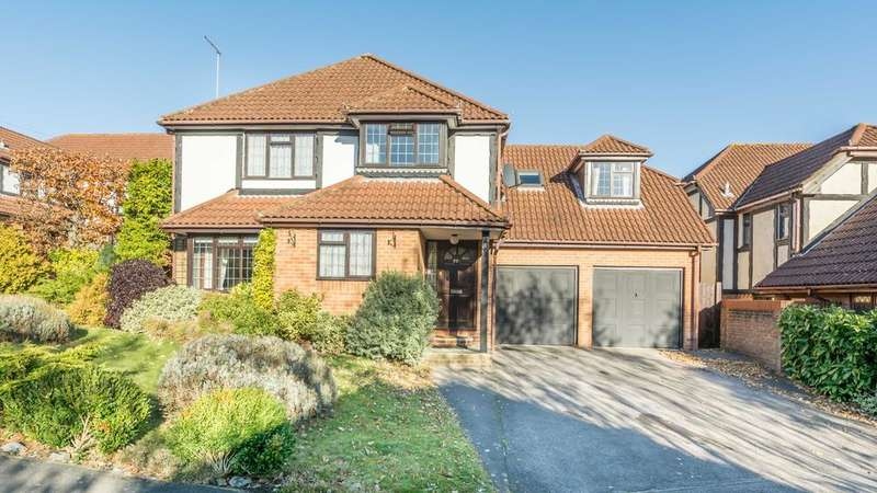 5 Bedrooms Detached House for sale in Woodpecker Copse, Locks Heath, Southampton SO31