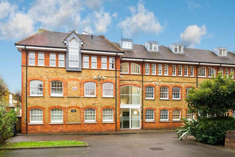 2 Bedrooms Apartment Flat for sale in Lansdowne Drive, Hackney, London, E8