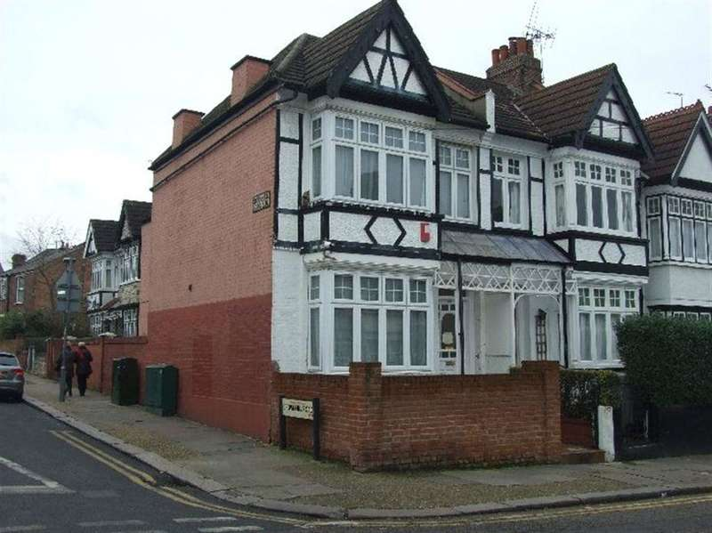 4 Bedrooms House for sale in Sellons Avenue, London