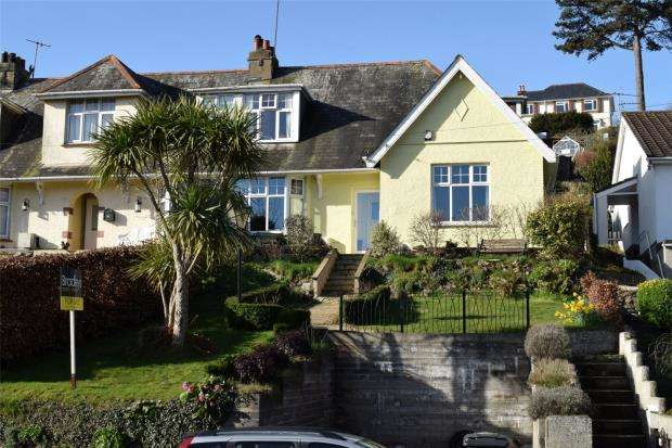 4 Bedrooms End Of Terrace House for sale in Dartmouth Road, Paignton, Devon