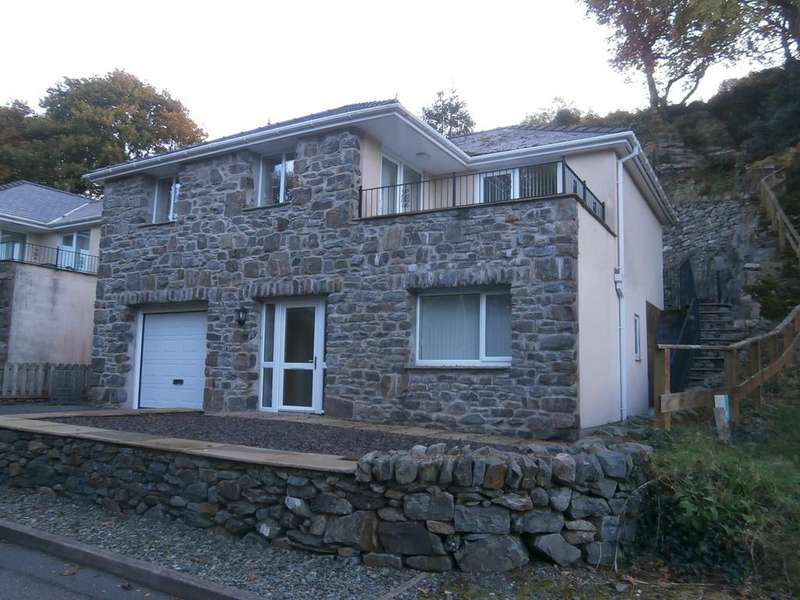 3 Bedrooms Detached House for sale in Parc Bron Y Graig, Harlech LL46