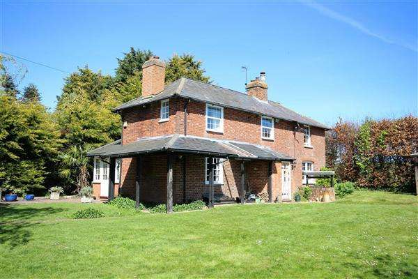 4 Bedrooms Detached House for sale in The Old Buttery, Homestall Lane, Goodnestone, Nr Faversham