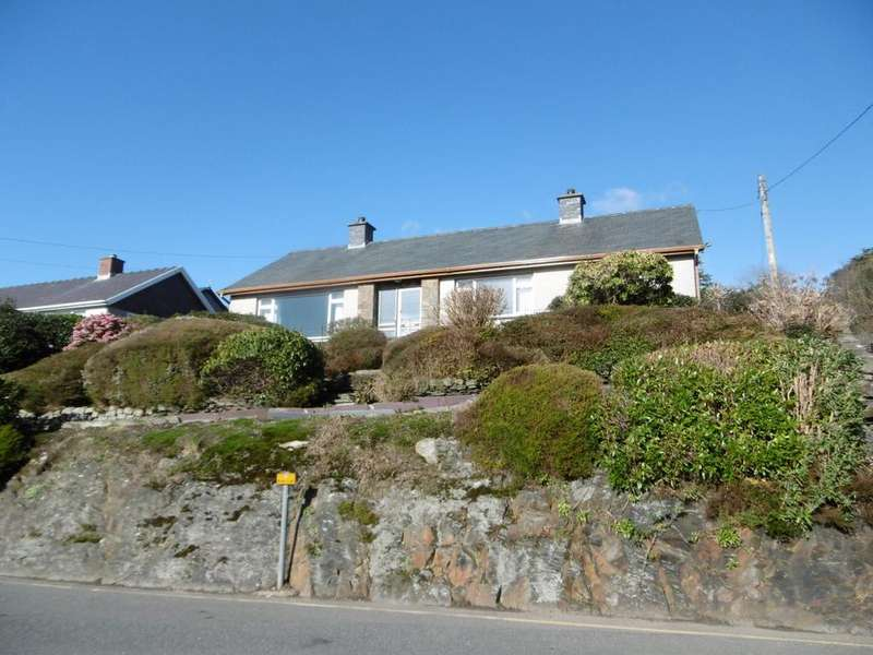 2 Bedrooms Detached House for sale in 2 Bryn Gwyn, Penrhyndeudraeth LL48