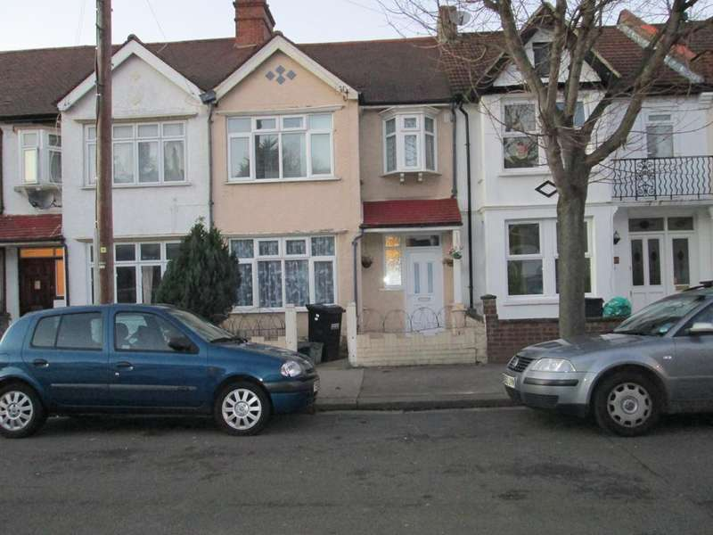 3 Bedrooms Terraced House for sale in Totton Road, Thornton Heath CR7