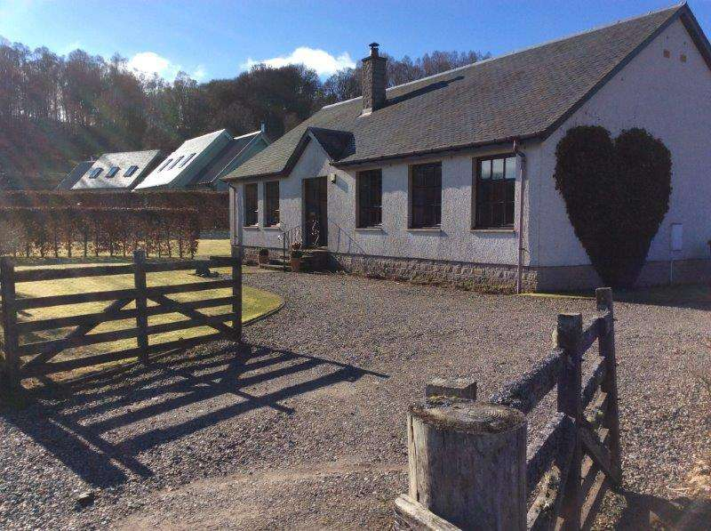 3 Bedrooms Detached Villa House for sale in Old Struan, Pitlochry PH18
