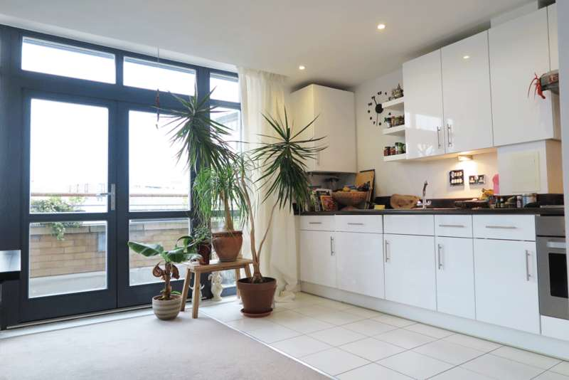 1 Bedroom Apartment Flat for sale in Redwood Court, Woodmill Road E5