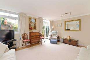 3 Bedrooms Terraced House for sale in Dunston Road, Battersea, London