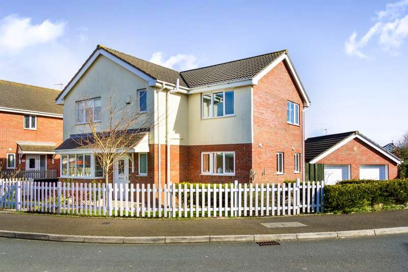 4 Bedrooms Detached House for sale in School House Close, North Cornelly, Bridgend