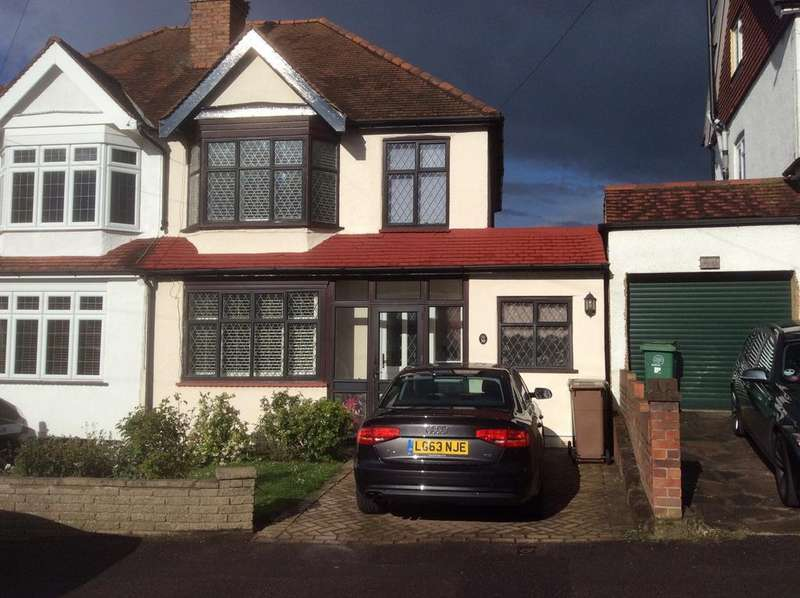 3 Bedrooms Semi Detached House for sale in Fieldsend Road, Cheam SM3