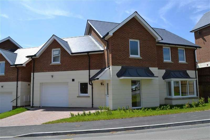 Detached House for sale in Langland Court, Langland Court Road, Swansea, Swansea