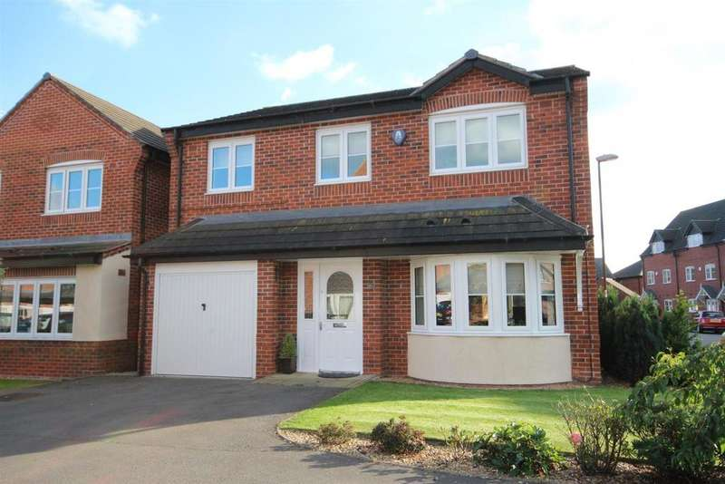 4 Bedrooms Detached House for sale in Foss Road, Hilton, Derby