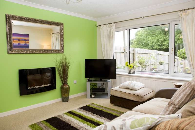 3 Bedrooms Semi Detached House for sale in Cwmbach Road, Swansea, Glamorgan, SA5