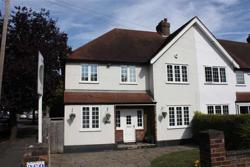 5 Bedrooms End Of Terrace House for sale in Southborough Lane, Bromley