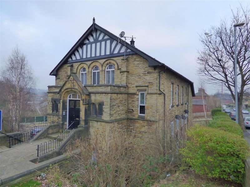 2 Bedrooms Apartment Flat for sale in Robin Hood Court,Huddersfield Road, Liversedge