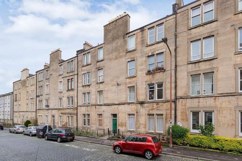 2 Bedrooms Flat for sale in 19/9 Cathcart Place, Dalry, EH11 2HF