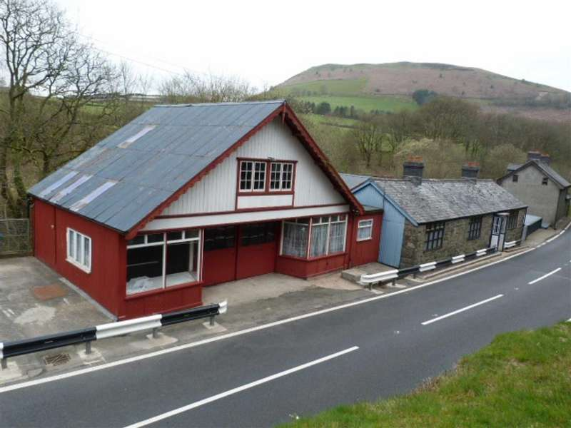 3 Bedrooms Detached House for sale in Talerddig, Llanbrynmair, Talerddig Llanbrynmair