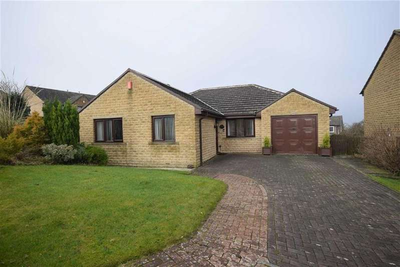3 Bedrooms Detached Bungalow for sale in Highmoor, Nelson, Lancashire