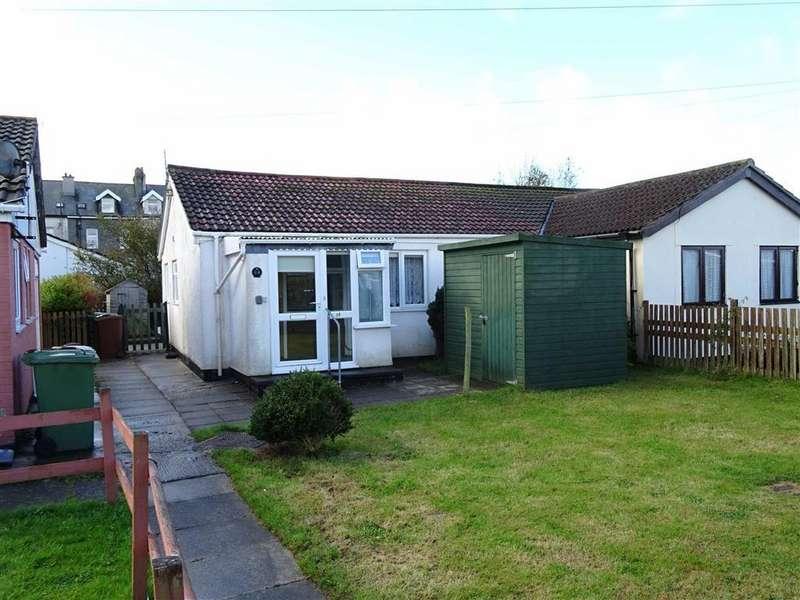 2 Bedrooms Semi Detached Bungalow for sale in 14, Glan Y Mor, Fairbourne, Gwynedd, LL38