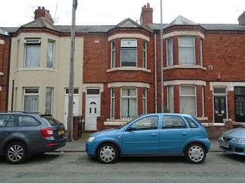 3 Bedrooms Terraced House for sale in Underwood Lane, Crewe, CW1 3JX