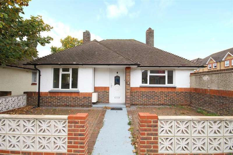2 Bedrooms Detached Bungalow for sale in Vale Gardens, Portslade, Brighton