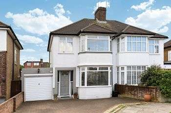 3 Bedrooms Semi Detached House for sale in Holmdale Road, Chislehurst, Kent, BR7 6BZ