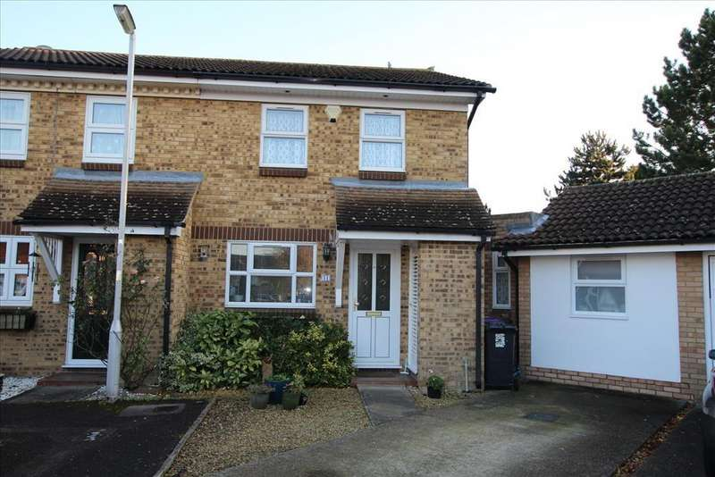3 Bedrooms Semi Detached House for sale in Hurst Close, BALDOCK, SG7
