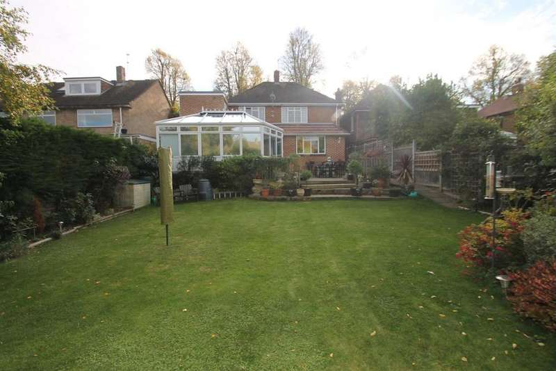 4 Bedrooms Detached House for sale in Mote Avenue, Maidstone