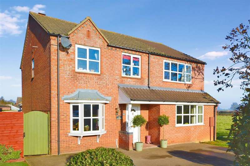 4 Bedrooms Detached House for sale in Winton Road, Navenby, Lincoln