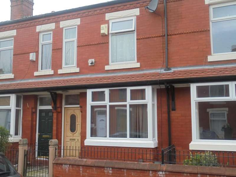 3 Bedrooms Terraced House for sale in Burdith Avenue, Manchester, M14