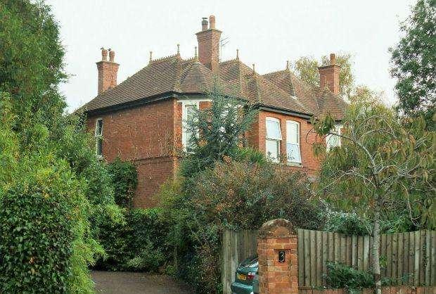 2 Bedrooms Flat for sale in Elwyn Road, EXMOUTH