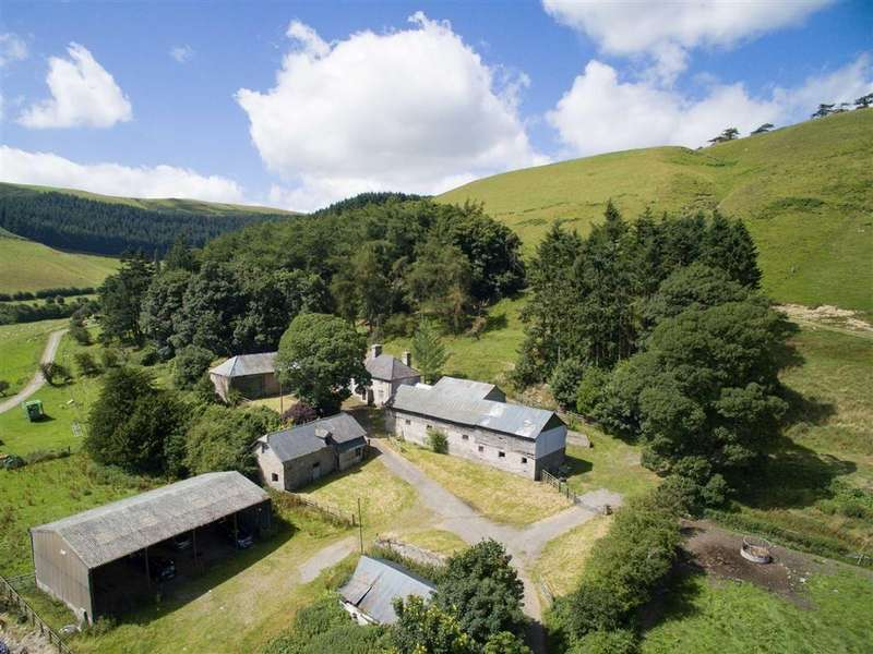 4 Bedrooms Detached House for sale in New Radnor, New Radnor, Presteigne, Powys