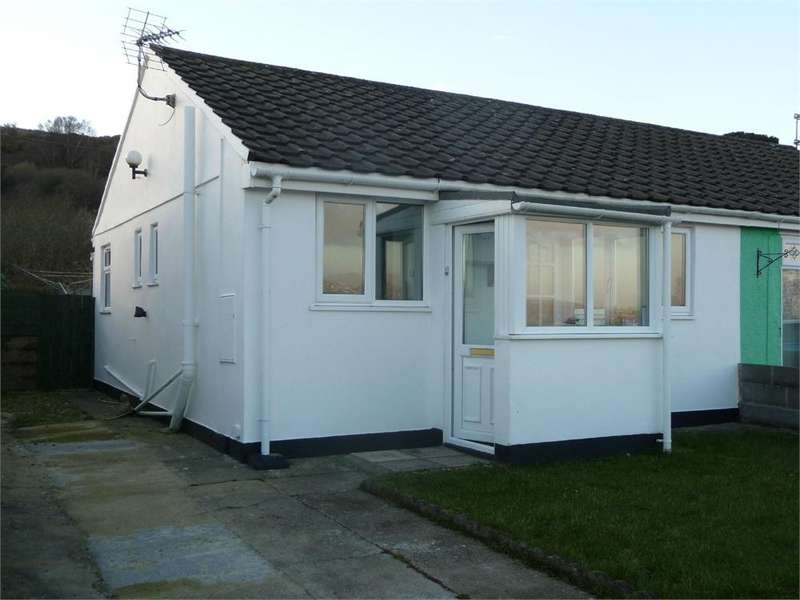 1 Bedroom Semi Detached Bungalow for sale in 4 Seaview Crescent, Goodwick, Pembrokeshire
