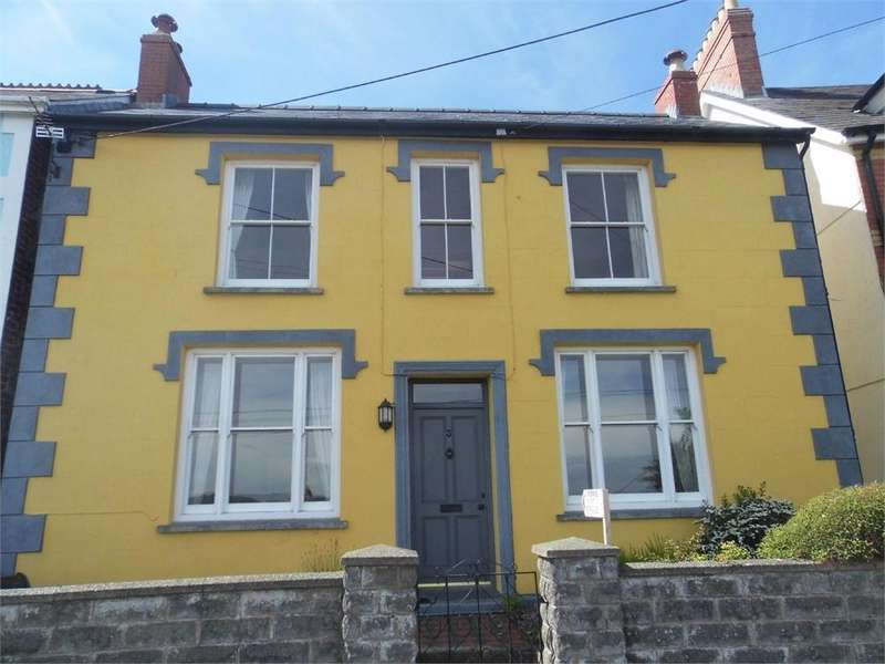 4 Bedrooms Detached House for sale in 3 Glan y Mor Road, Goodwick, Pembrokeshire