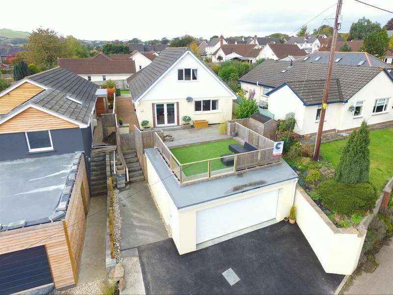 4 Bedrooms Detached Bungalow for sale in Acland Road, Landkey, Barnstaple