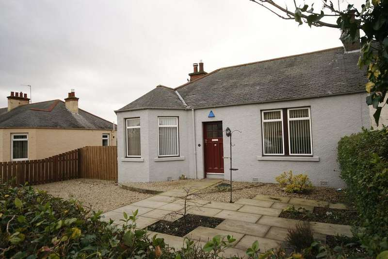 3 Bedrooms Semi Detached Bungalow for sale in 27 Captains Road, Gracemount, Edinburgh EH17 8HR