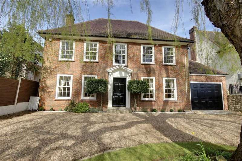 6 Bedrooms Detached House for sale in Barnet Road, Arkley, Hertfordshire