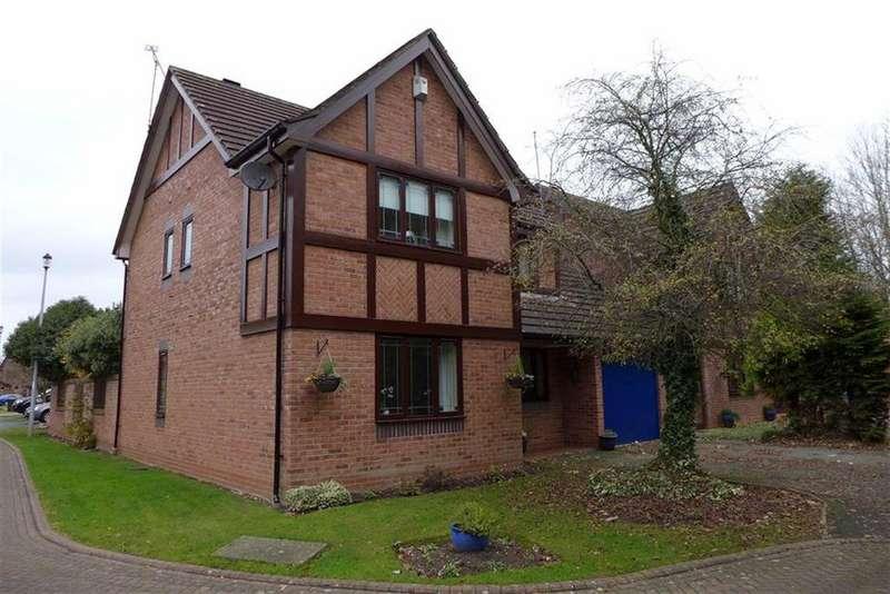 4 Bedrooms Detached House for sale in Renaissance Way, Crewe