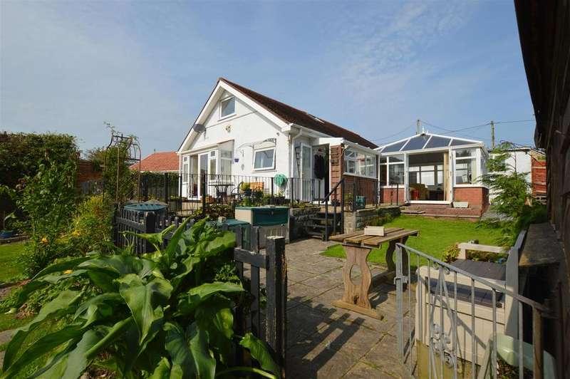 2 Bedrooms Detached Bungalow for sale in Trallwm Road, Llwynhendy, Llanelli