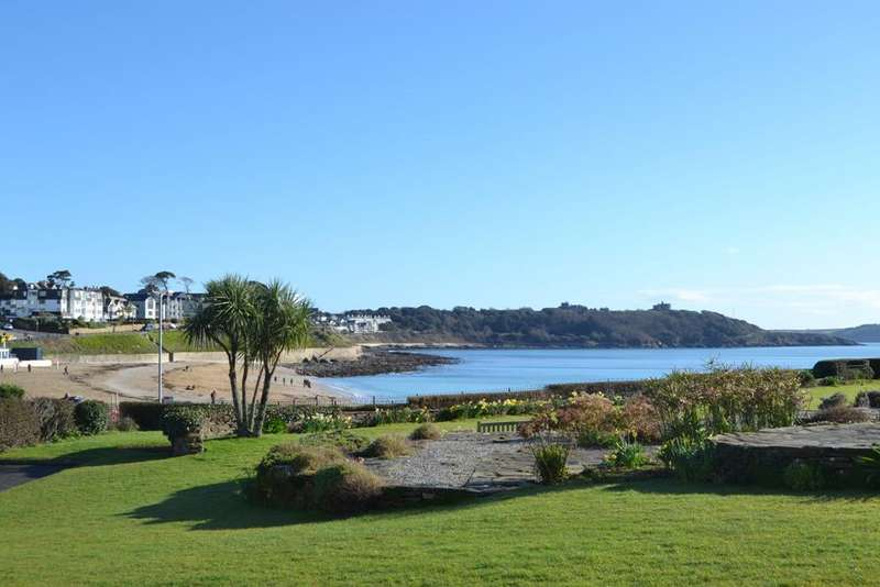 2 Bedrooms Apartment Flat for sale in Queen Mary Court, Falmouth