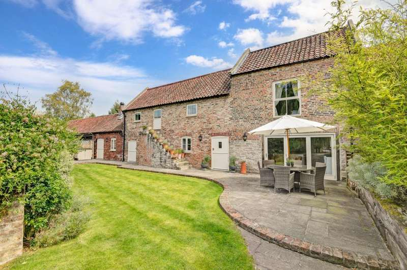 4 Bedrooms Unique Property for sale in Church Street, Church Fenton, Tadcaster, North Yorkshire