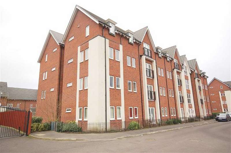 2 Bedrooms Flat for sale in Houseman Crescent, West Didsbury, Manchester, M20